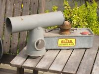 ELTEX PARAFFIN GREENHOUSE HEATER WITH WICKS AND INSTRUCTIONS