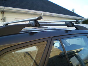 Support de toit avec barrures et cles
