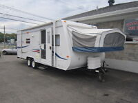 ROULOTTE JAYCO JAY FEATHER HYBRID 23'