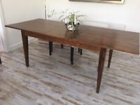 VGC Extending Dining table Seats 8 Cherrywood Veneer L 160cm x W 90 cm x H 76 cm. Sealed top. TS17