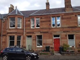 Lovely Large 2 bed furnished flat for rent. Near Kings Buildings. Ideal for staff or students.