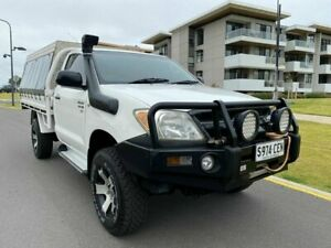 2006 Toyota Hilux GGN25R MY05 SR White 5 Speed Manual Cab Chassis Somerton Park Holdfast Bay Preview