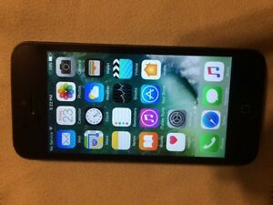 iPhone 5 16GB - Bell - New Battery & Screen