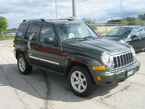 2007 Jeep Liberty Limited Edition SUV, Crossover 4X4 London Ontario image 3