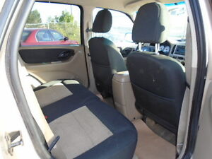2007 Ford Escape SXT SPORT 4X4--3.0L V6 ---WITH REMOTE STARTER Edmonton Edmonton Area image 10