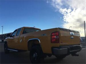 2007 Chevy Silverado 2500HD 4x4 = 187K = EXT CAB LONG BOX Edmonton Edmonton Area image 5