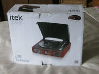 BRAND NEW ITEK USB TURNTABLE FOR PLAYING & RECORDING