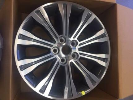 GENUINE HOLDEN VF CALAIS 19 X 8 RIM BRAND NEW Cardiff Lake Macquarie Area Preview