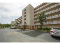 A louer condo Meadowbrook Lakes View Dania Beach