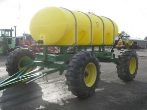 Yetter 2000 Gal Fertilizer Tank