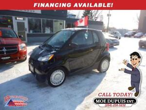 2013 smart fortwo Pure,FUEL MISER!!
