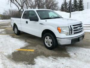 2009 Ford F-150 XLT *ONE OWNER NEW TIRES*