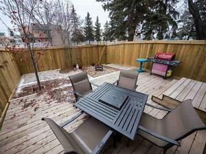 BEAUTIFUL 4 BEDROOM TOWNHOUSE IN MILLWOODS! CLOSE TO SHOPPING! Edmonton Edmonton Area image 12