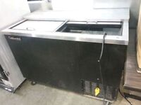 Black Contentinental Mug Froster/Chiller!Cold Working Condition!