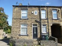 Lovely tidy recently modernised 2 bed unfurnished front corner terraced house