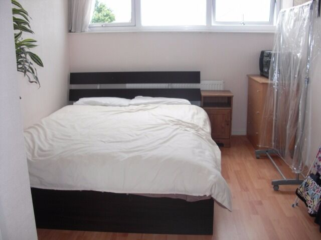 1 BED FLAT ONLY £265/WK IN TOOTING BEC!! CANT BEAT THIS PRICE ANYWHERE!
