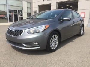 2016 Kia Forte Heated seats - Cruise - Alloy wheels - only 9743