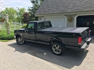 1989 Ford F-150  429 CU IN with C6 Trans