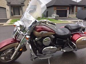 Kawasaki Vulcan Nomad