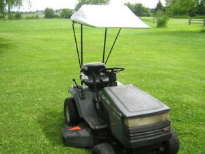parasol pour tracteur a gazon   avec sa boite emballage