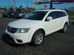 2016 DODGE JOURNEY LIMITED - DVD, SUNROOF, REAR VIEW CAMERA, BAC