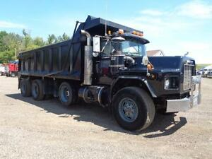 1998 MACK RB TRI-AXLE DUMP, 19'FT STEEL EXCAVATOR BOX Kitchener / Waterloo Kitchener Area image 11