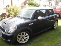 Mini Cooper S with Chilli pack, Registered 2007
