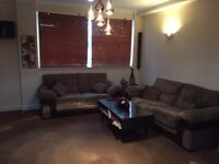 Spacious 3 Bed Flat To Rent - available from 14th November