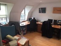 Desk Space in EC1 right by Barbican tube £150 pcm