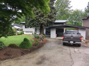 House for sale 8700 sq/ft lot
