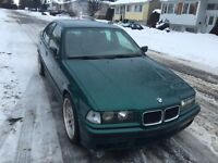 1992 BMW 325i Hunter Green