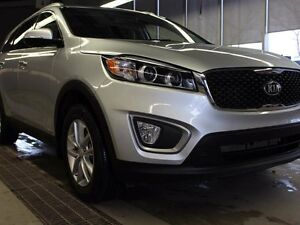 2016 Kia Sorento 2.4 LX AWD LOW KMS!! HEATED SEATS