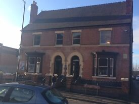 300 Sq ft Office to let Near Walsall town centre