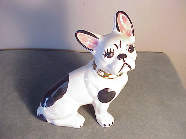 ADORABLE VINTAGE HAND-PAINTED PORCELAIN FRENCH BULLDOG FIGURINE - W GOLD COLLAR