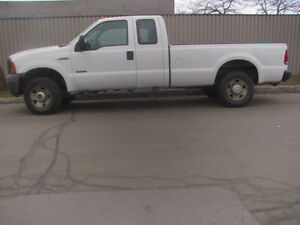 Ford F-250 Ford 2005 Turbo diesel,4x4 air climatisé,mecanique A1