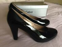 Gabor Ladies Black Patent Leather Heels Court Shoes UK Size 7 NEW