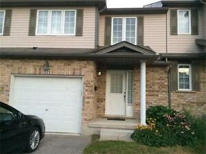 Waterloo townhome for rent (Laurelwood)