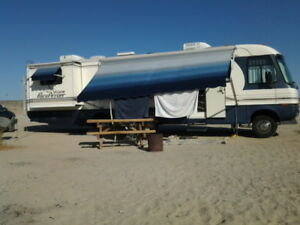 36 ft Pace Arrow Vision Motorhome