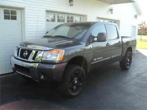 2012 Nissan Titan 4X4 NEW 2 YEAR MVI !!!!