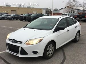 2012 Ford Focus Sedan 2.0L 6-Speed Automatic White