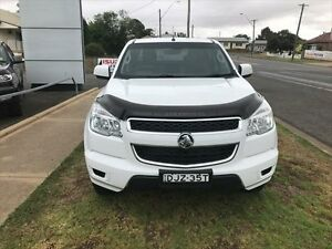 2014 Holden Colorado RG MY14 LT (4x2) White 6 Speed Manual Crewcab Young Young Area Preview