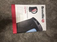 Breville colour changing kettle - brand new and boxed