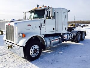2009 Peterbilt 365 Sleeper Truck w/ Wet Line