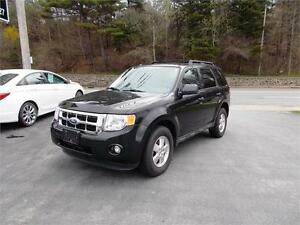 2011 FORD ESCAPE XLT 4X4...LOADED!! ONLY 82,000 KMS!! APPLY NOW!