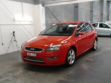 2005 Ford Focus LS Zetec Red 5 Speed Manual Hatchback Beresfield Newcastle Area Preview