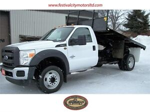2014 Ford F-550 XL | 12' Flat bed  with hoist | CERTIFIED
