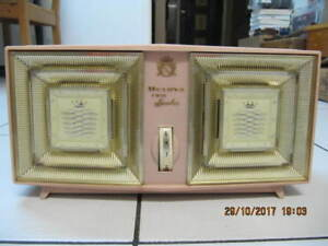 Classic Bulova Twin Speaker Radio Model 330 Series Circa1950-60s