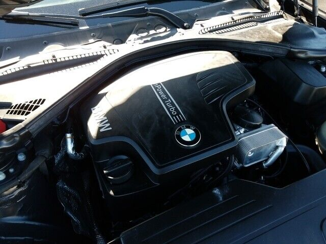 Image 12 Voiture Européenne d'occasion BMW 3-Series 2015