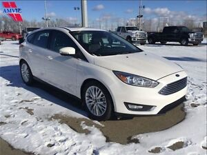 2015 Ford Focus Titaniun Hatchback Leather Only 2700Km!