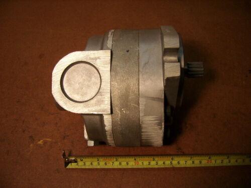 Cross 300124 50MA19-DBARF Hydraulic Motor